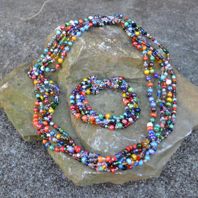 Fair Trade Handmade Guatemalan Beaded Bracelet Gumball Magnetic Multi Colored