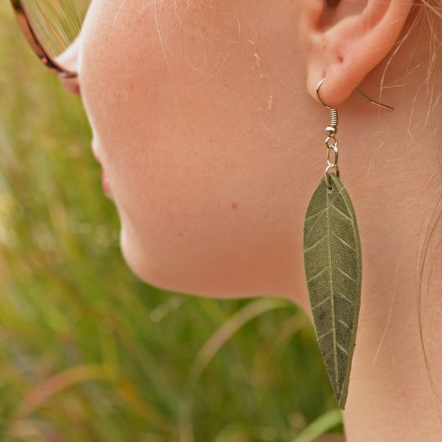 Lucia's Imports Fair Trade Handmade Guatemalan Medium Leather Earring