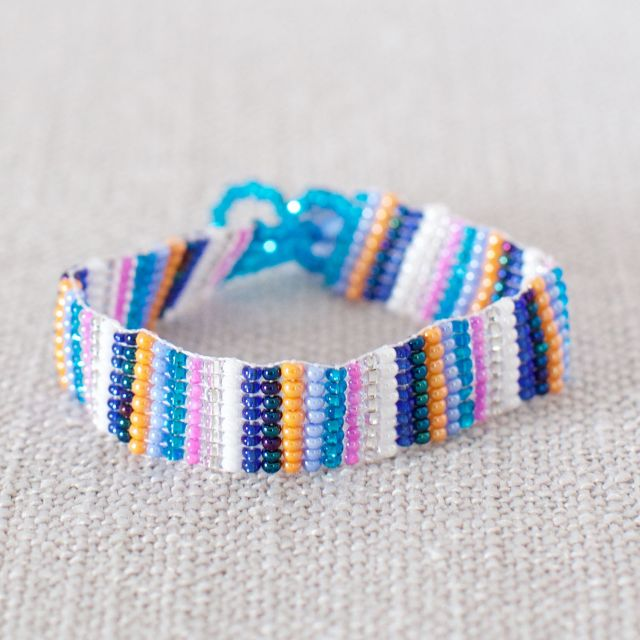 JBR-7 Beaded friendship bracelet