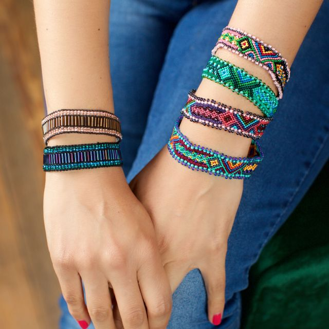 fair trade handmade guatemalan friendship bracelet