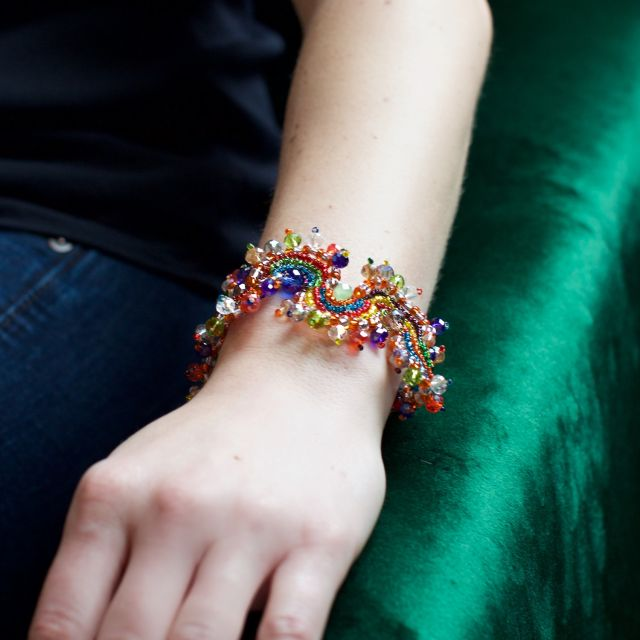 Lucia's Imports Fair Trade Handmade Bead and Crystal Magnetic Dragon Bracelet from Guatemala