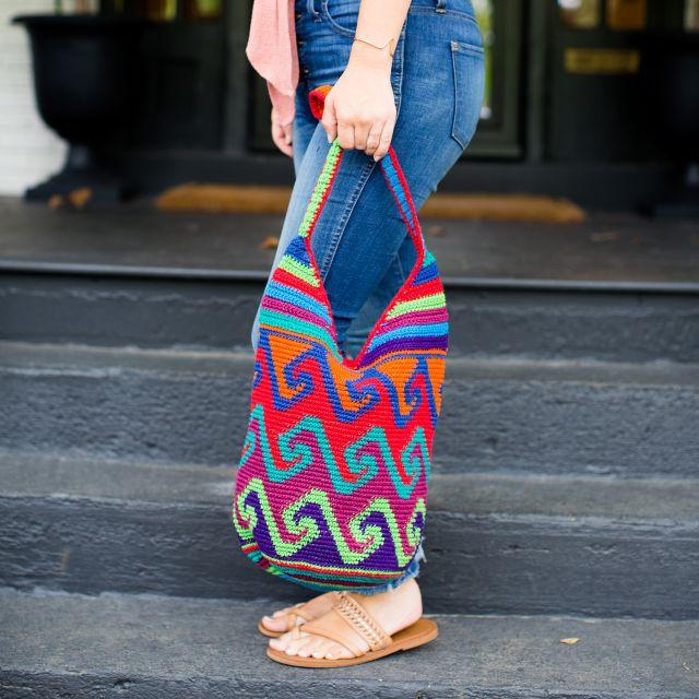 Medium Nebaj zipper purse fair trade