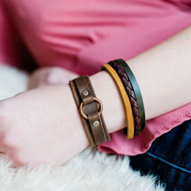 Lucia's Imports Wholesale Fair Trade Handmade Guatemalan Three Color Leather Strand Bracelet